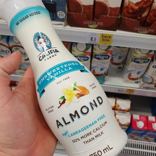 Califia Farms Unsweetened Almond & Vanilla Drink 750Ml