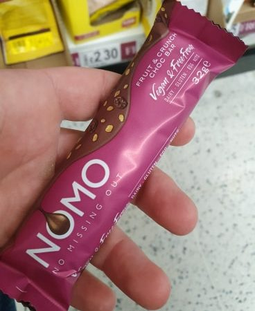 NOMO Fruit & Crunch Choc Bar