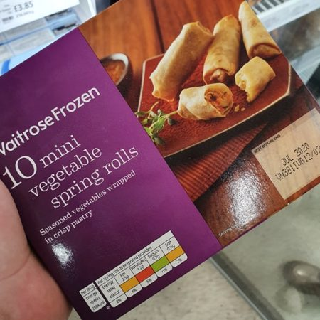 Waitrose Frozen 10 mini vegetable spring rolls180g
