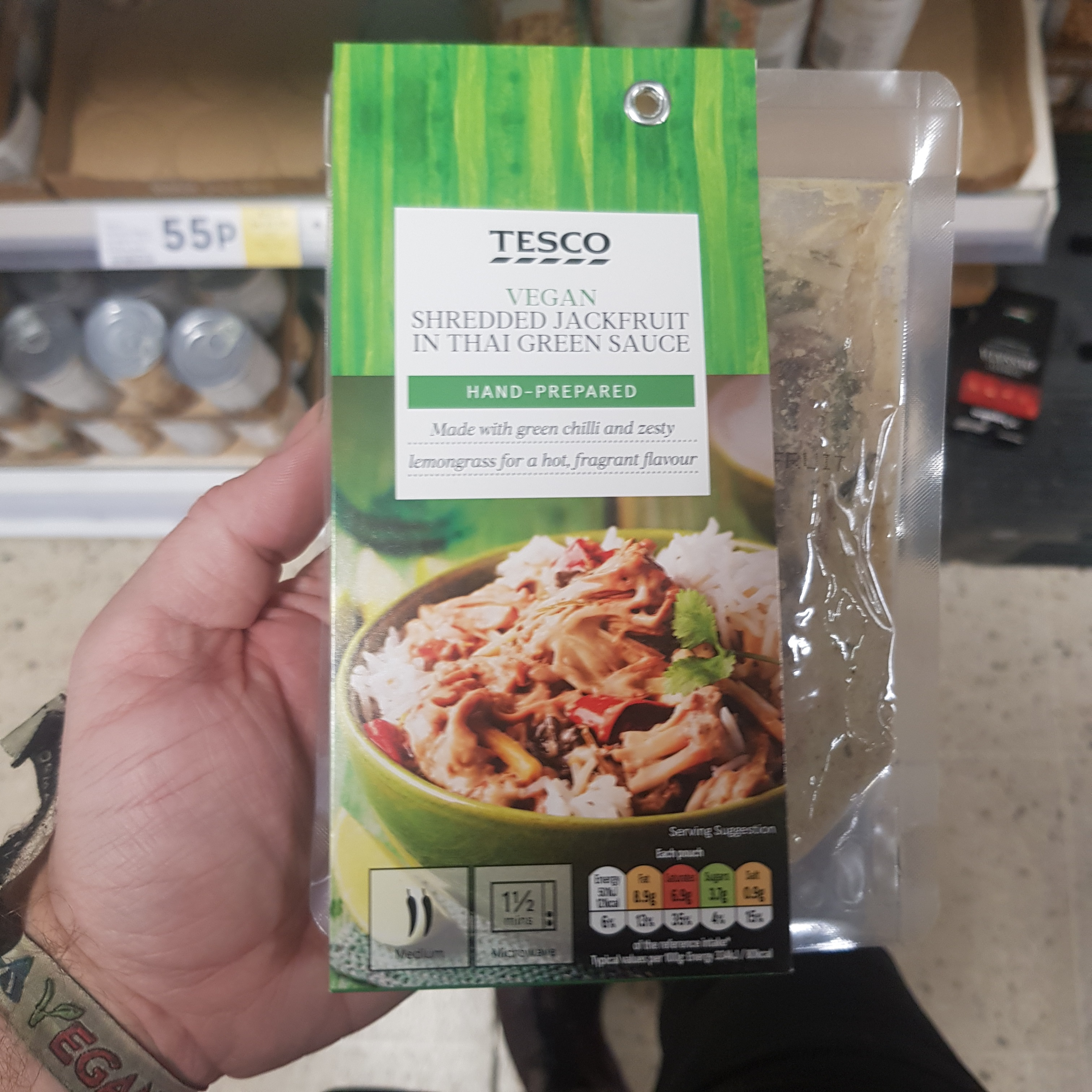 Tesco Shredded Jackfruit In Thai Green Sauce Vegan Food Uk