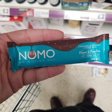 NOMO Caramel & Sea Salt Choc Bar