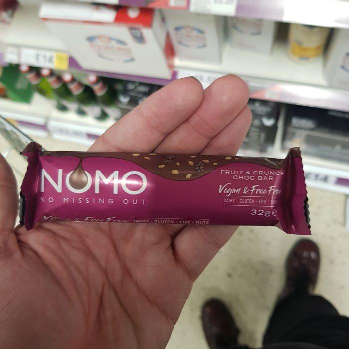 NOMO Fruit & Crunch Choc Bar 32g