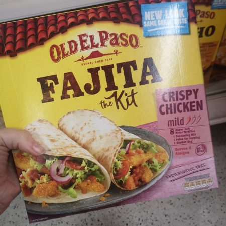 Old El Paso Oven Baked Crispy Chicken Fajita Kit 555g