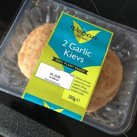 The Vegan Factor 2 Garlic Kievs 250g