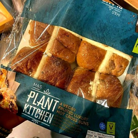 M&S Plant Kitchen 4 Luxury Hot Cross Buns