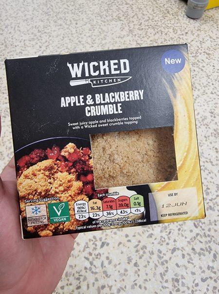 Apple & Blackberry Crumble
