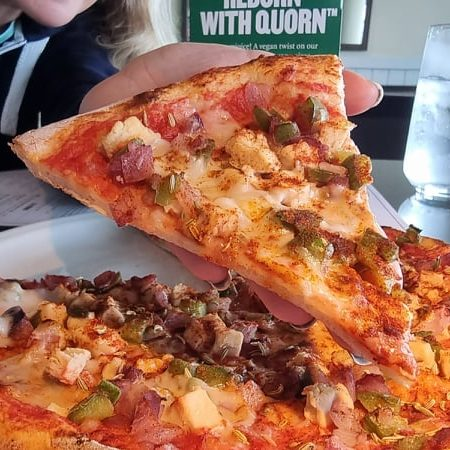 REVIEWED: Pizza Express Launch New Vegan Quorn Pizza